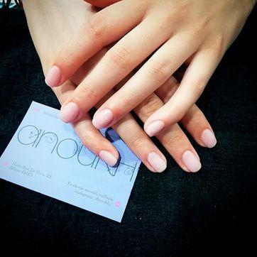 Anoukh Estilistas manicure 1